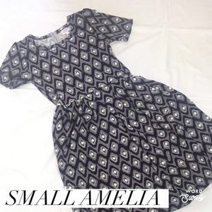 "LuLaRoe ""Amelia"" Dress"